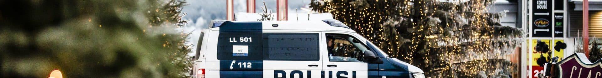 Poliisi ja verottaja valvovat taksien toimintaa